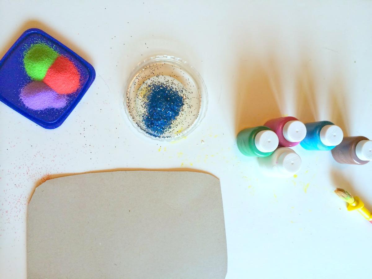 Kids' crafts